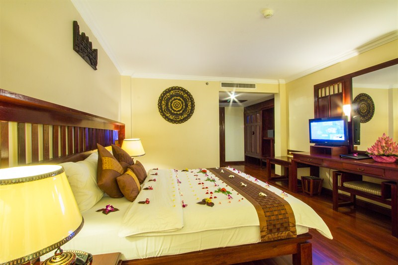 Empire Hotel Room Promotion